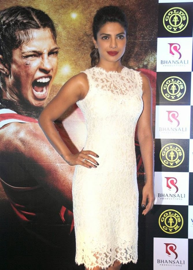 Priyanka Chopra promotes 'Mary Kom' at Gold's Gym