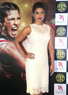 Priyanka Chopra promotes her Film Mary Kom at Gold Gym (20).JPG