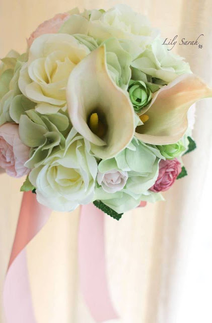 Calla Lily and hydrangea silk flower bouquet