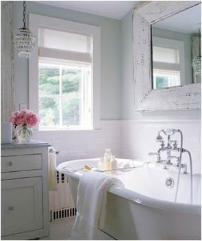 Cottage style bathroom design ideas room design ideas for Pretty bathroom decorating ideas