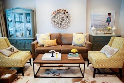 sala con muebles café