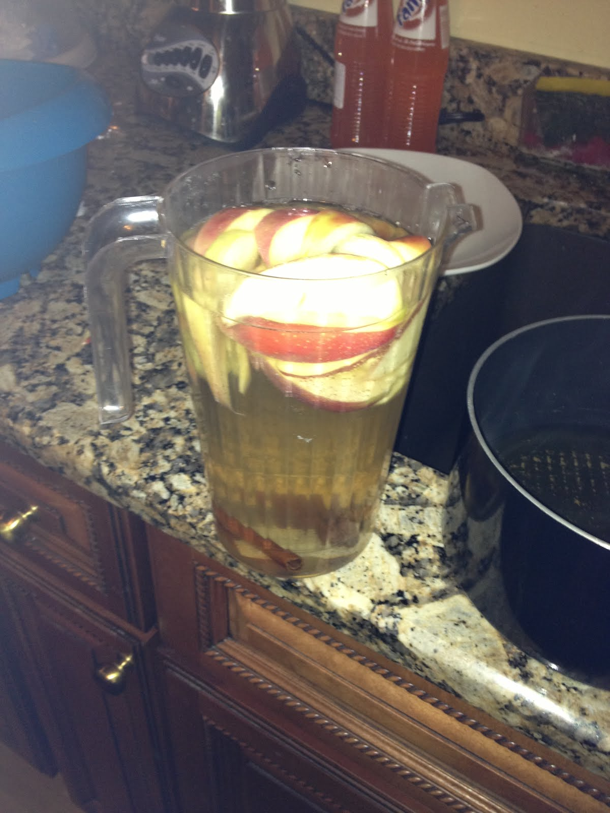 Apple cinnamon water is one of several infused waters that has been populating the Internet recently, and part of the pitch accompanying the photos and recipes is that this flavored water has no.