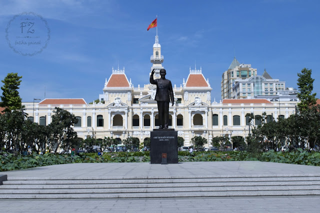 ho chi minh city hall , saigon attraction
