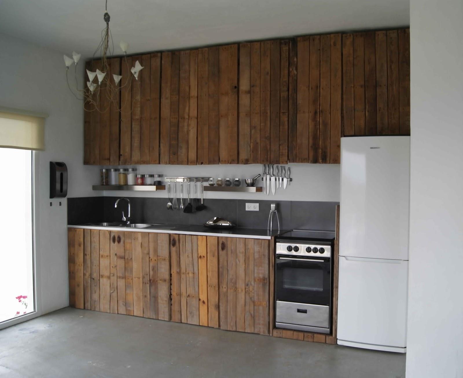 Bien-aimé Meuble En Palette De Bois Plan – Mzaol.com UE05