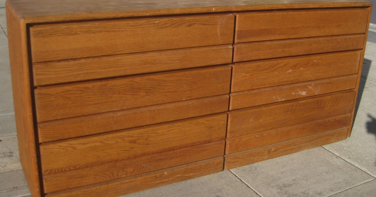 Uhuru Furniture Amp Collectibles Sold Oak Veneer Dresser