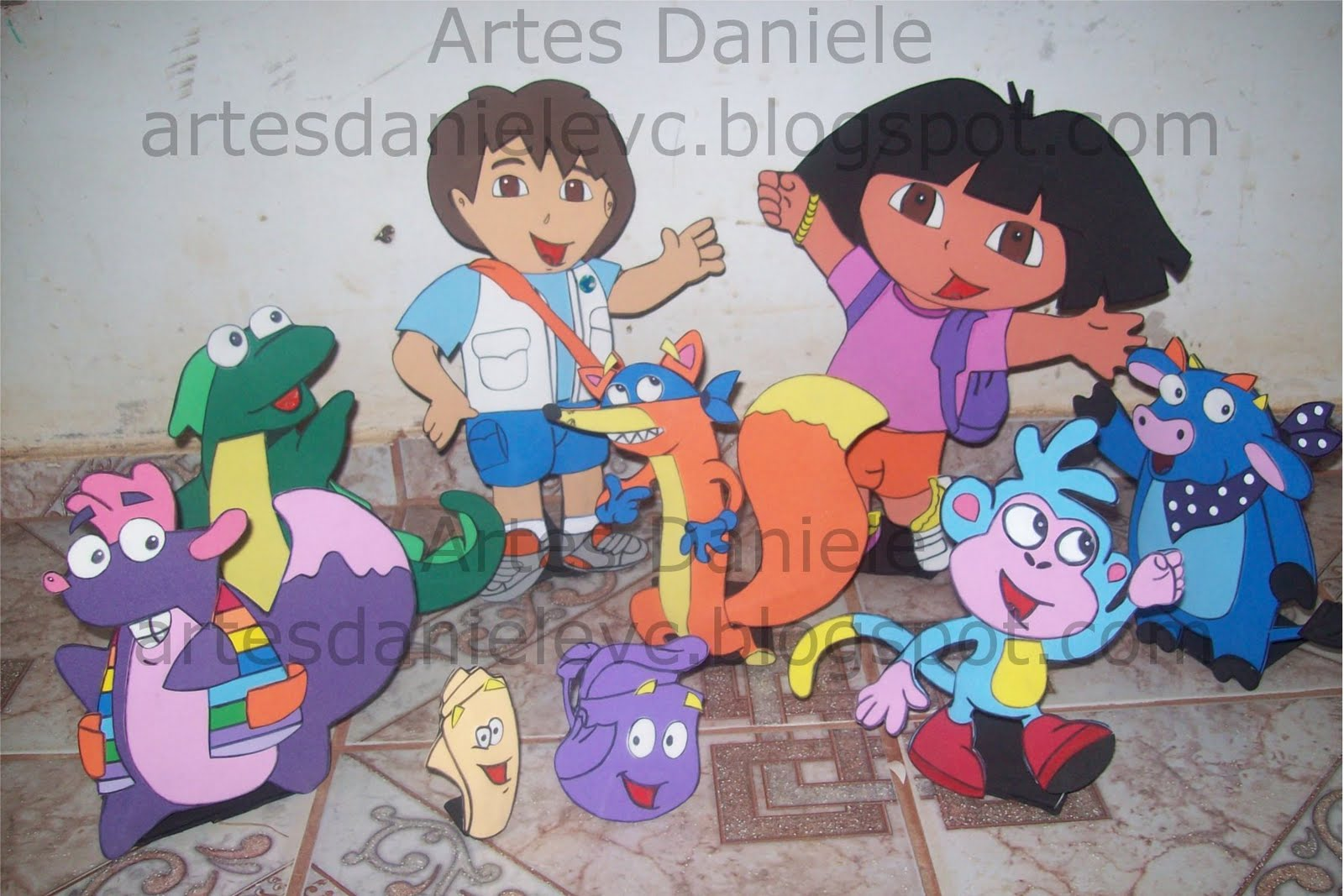 Kit Dora Aventureira para mesa.