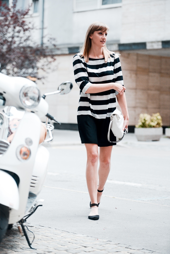 striped shift dress promod, white clutch bag parfois, outfit, blogger