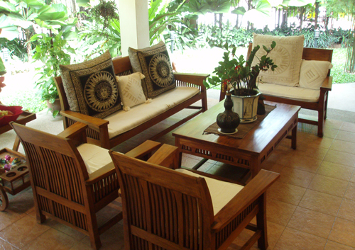 Chines Sofa set Made of shishum wood With Table Structure Of