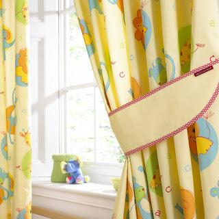 cores e padrões cortinas bebé