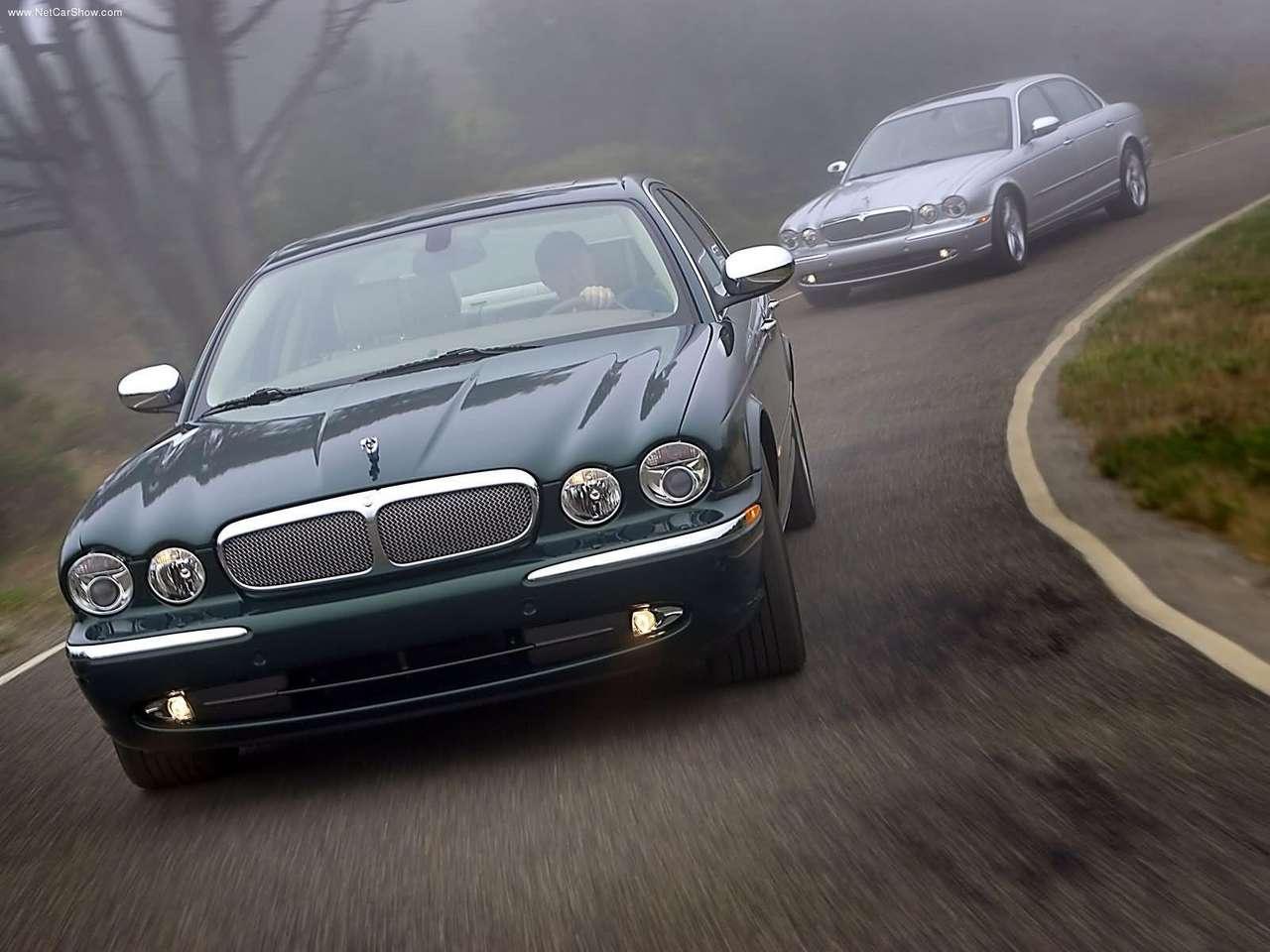 http://2.bp.blogspot.com/-PvzQcn8Y6RQ/TZljuYqlibI/AAAAAAAACfs/zo1vJf9EQA4/s1600/Jaguar-XJ_Super_V8_2005_1280x960_wallpaper_06.jpg