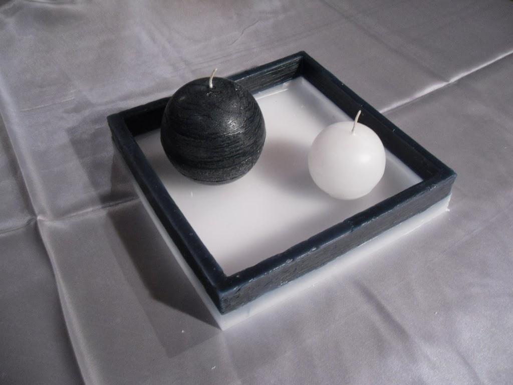de parafina 20x20x5 mas esfera de 8 cm y 6 cm en combinacion de blanco
