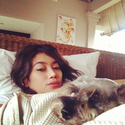 Foto+Cantik+Ratu+Felisha.png