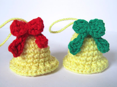 2000 free amigurumi patterns christmas bells christmas decorations the pattern for these lovely christmas bells is free on crafteando que es gerund dt1010fo