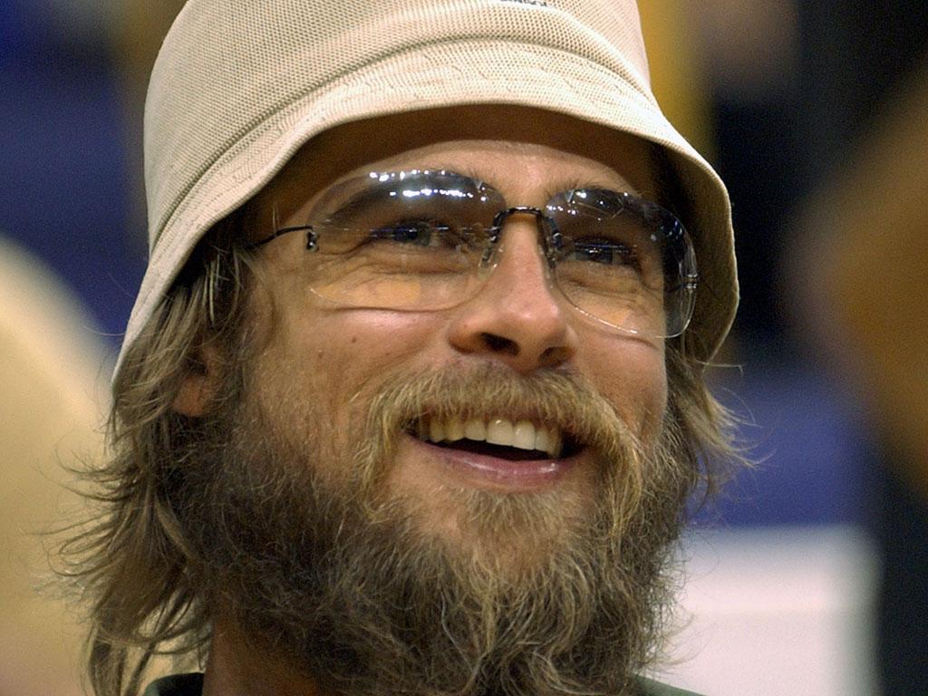 http://2.bp.blogspot.com/-PwOsM690sDE/TgGHHMwVUfI/AAAAAAAACZI/LMUvNTklgWU/s1600/Brad-Pitt-Latest-Hairstyles-2011-.jpg