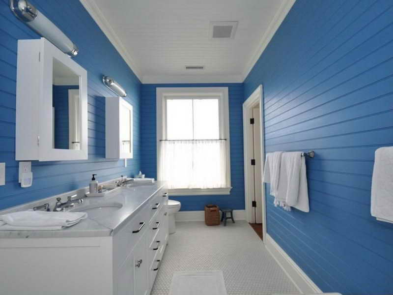 surely there are many ways to apply bold bathroom paint ideas in small bathroom