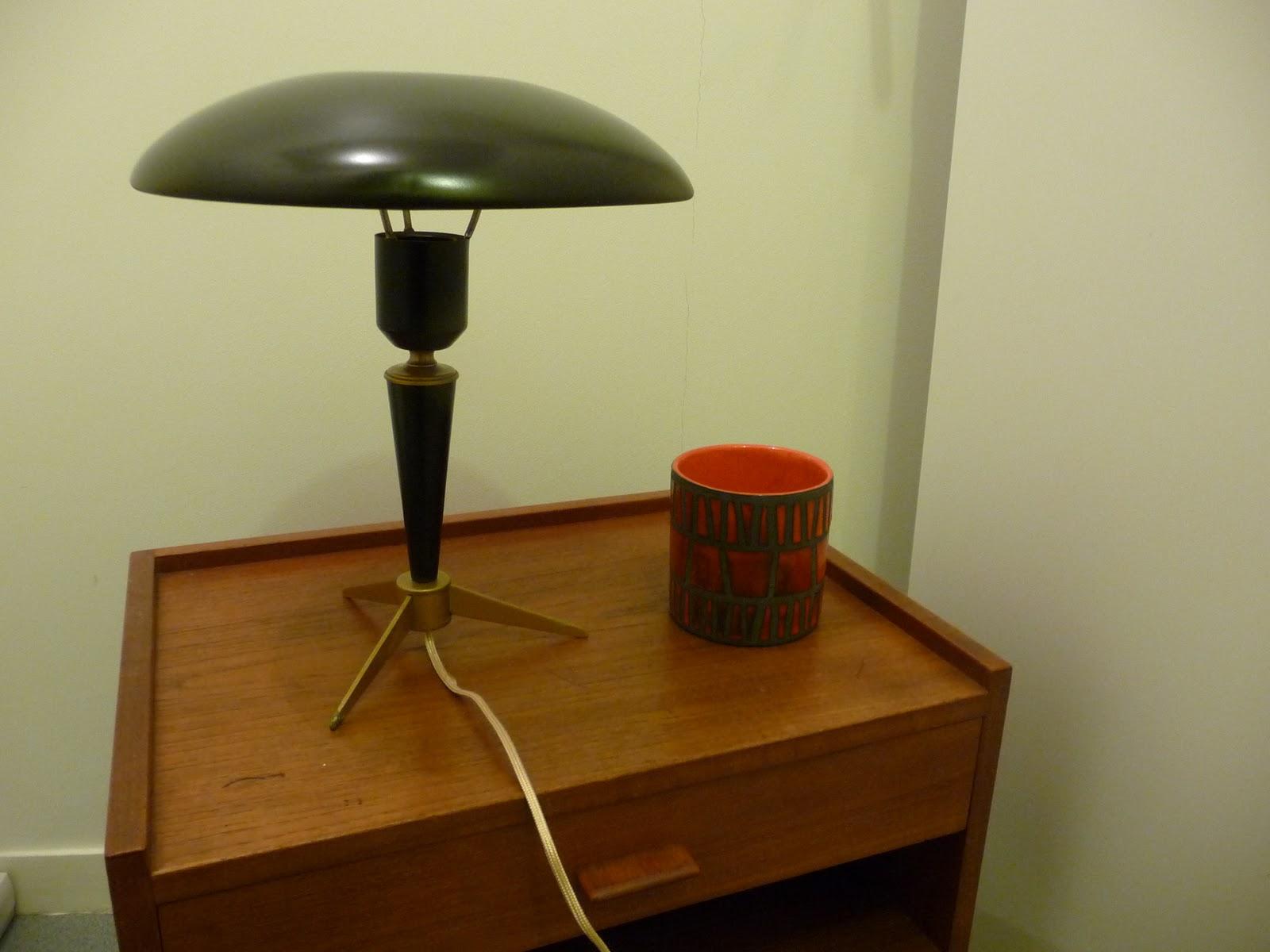 les industriels lampe louis kalff. Black Bedroom Furniture Sets. Home Design Ideas
