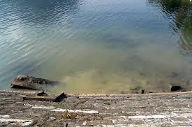 Sversamento delle acque di raffreddamento del reattore nucleare della Marina militare di Pisa.