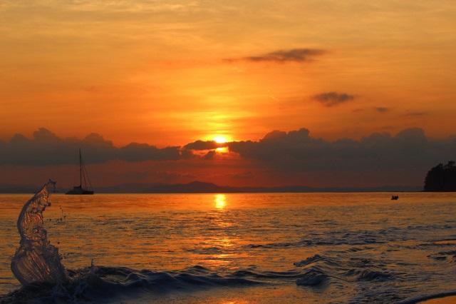 Asia's Best and World's Seventh Best Beach: Radhanagar Beach, Havelock Island