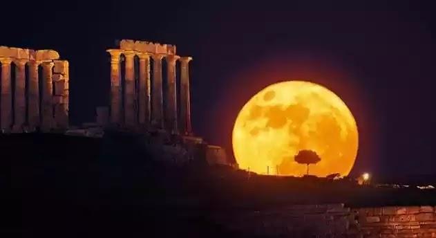 Μοναδικό φαινόμενο τη Δευτέρα: Πανσέληνος και Έκλειψη Σελήνης μαζί