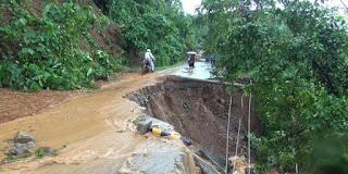 Kabupaten Pidie dan Kota Malabo kondisi ini di perparah dengan meluapnya air sungai