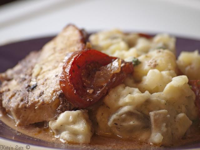 rôti de porc,  rôti de porc au four, rôti au four, roti en sauce, rôti français recette, roti noel