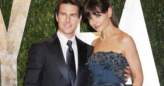Celebrity News and Gossip: Katie Holmes files for divorce ... Katie Holmes Divorce