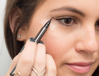 Amazing eye liner tips and tricks which are very useful techniques to apply for eye liner