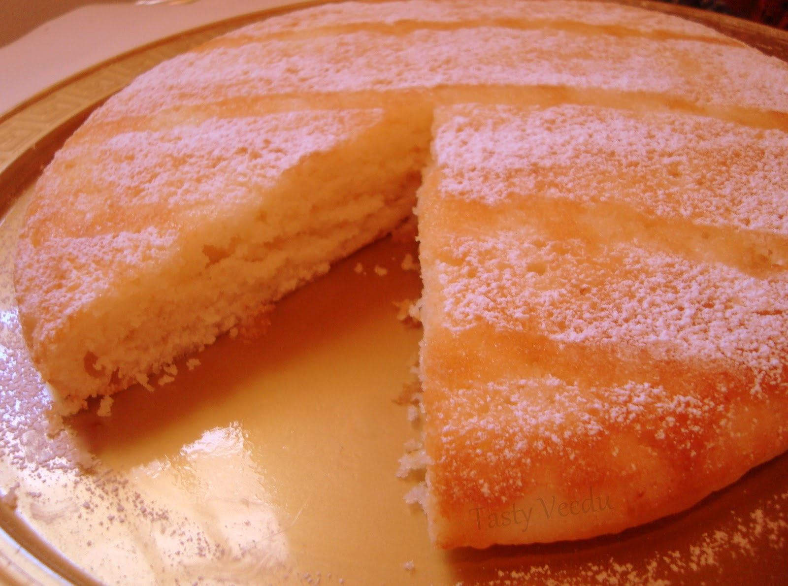 Eggless Vanilla Cake Recipe With Images : Tasty Veedu: VANILLA SPONGE CAKE (Eggless)