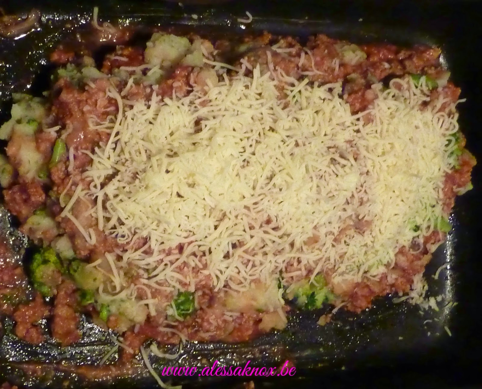 tomates, brocoli, pommes de terre, viande hachée