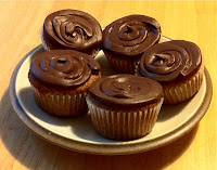 Gluten Free Vanilla Cupcakes With Chocolate Icing Recipe