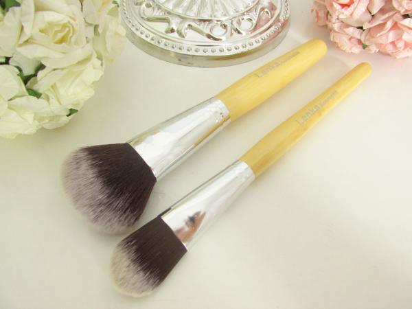 Lenka Kosmetik - 11 Professionelle Bambus Makeup Pinsel Set - große Pinsel, Foundation und Blush