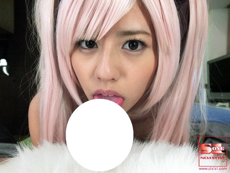 粉紅色的瑠川リナ