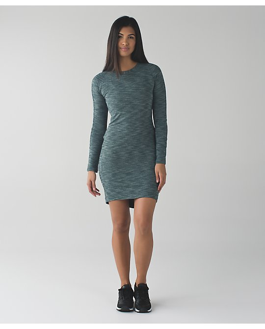 lululemon &go-everywhere-dress-ls