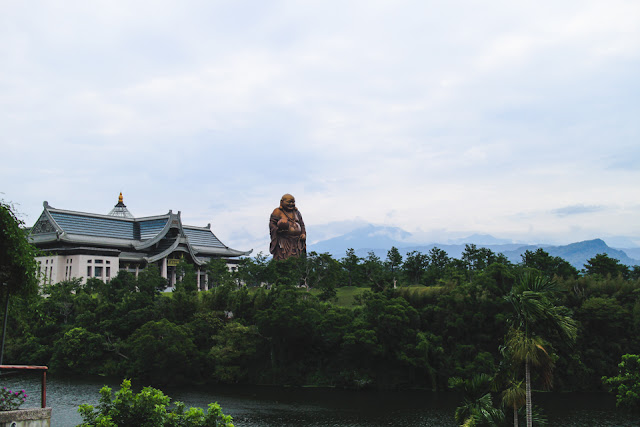Nature Loving Wonderland and giant Buddha | Emei, Taiwan
