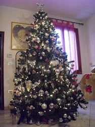 questo non poteva mancare: il mio albero di nataleeeeeeeeeeeeeeeeeee