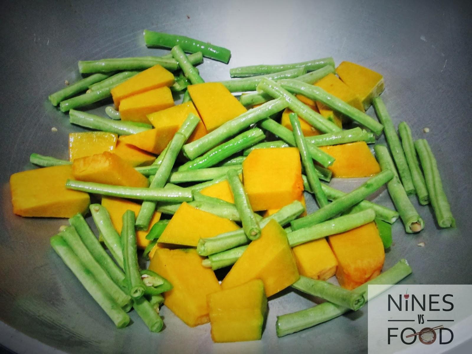 Nines vs. Food - How To Make Ginataang Gulay with Pig Ears-6.jpg