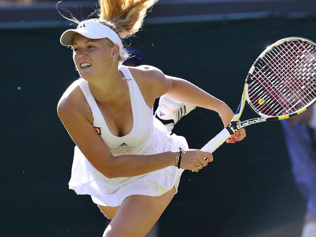 tennis caroline wozniacki hot pics and wallpapers