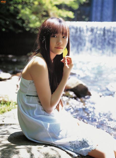 Cewek imut Yui Aragaki
