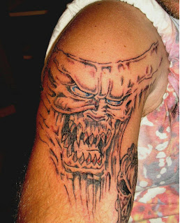 best pictures of Skull Tattoos-12