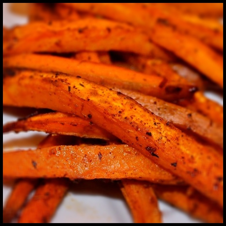Meatless Monday: Baked Chipotle Sweet Potato Fries ...
