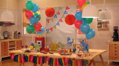 Fiestas de dinosaurios ideas deco fiestas infantiles - Decoracion para cumpleanos infantiles en casa ...