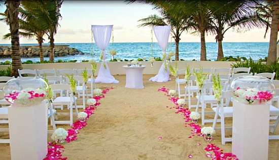 December 2012 bee 39 s events design for Wedding venues in puerto rico