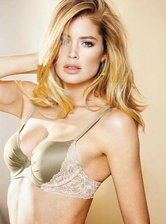 Orchestra Victoria's Secret Angels in the sizzling new pictures