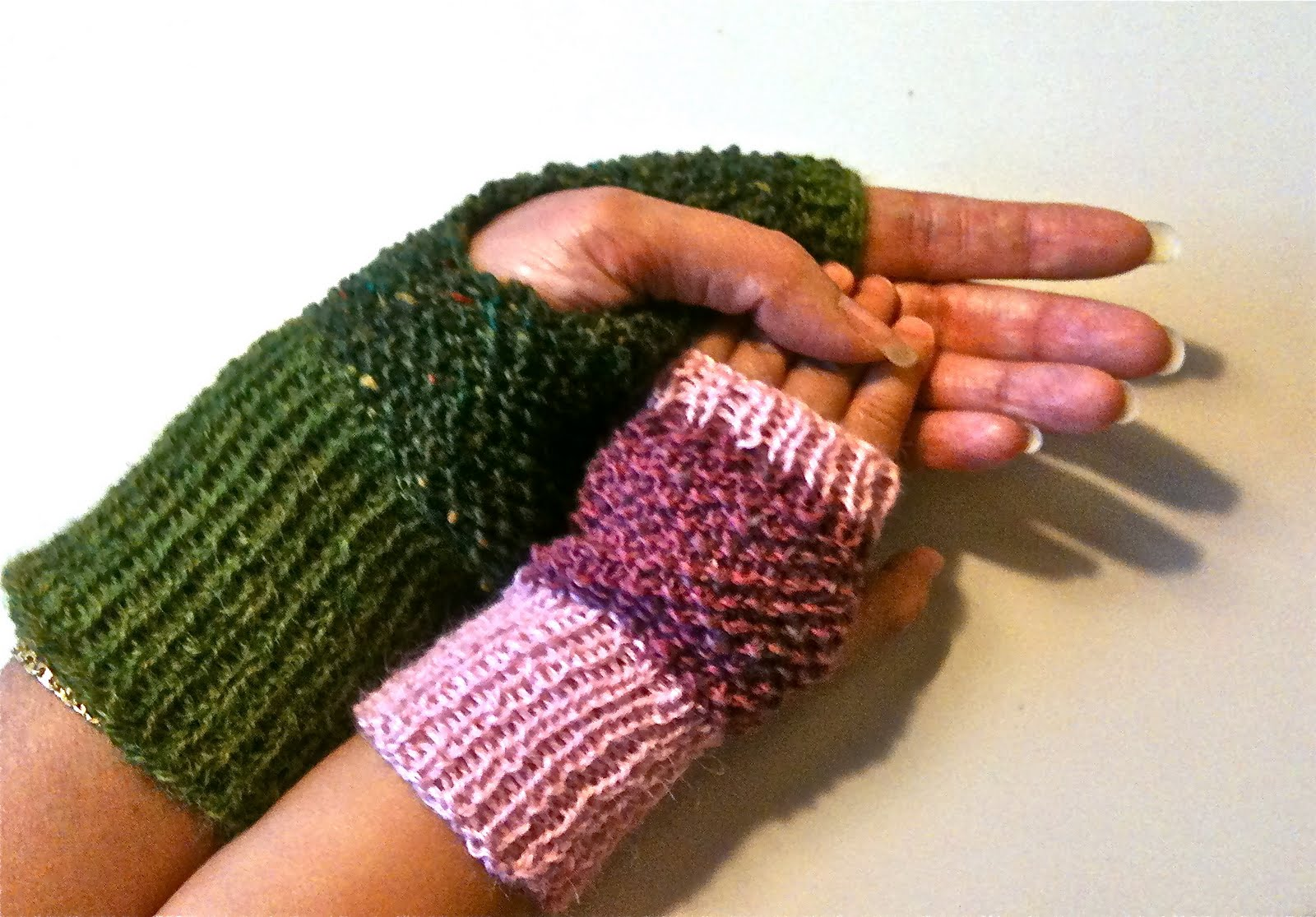 Isola Lily: Together in Tweed - wristwarmers for kids and their mums ...