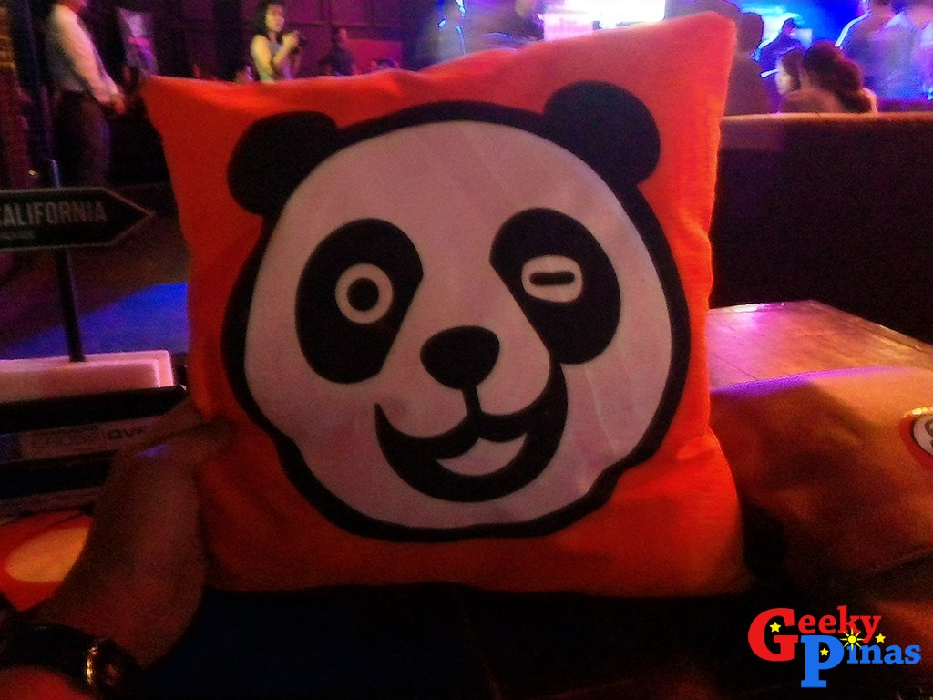 Foodpanda Philippines celebrates its 1st anniversary with a bang and rewards customers (Join the Foodpanda Selfie Challenge)