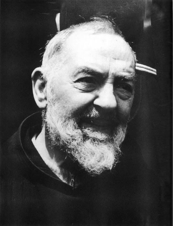 """""""A sua casa deve ser uma escada para o Céu"""". Padre Pio"""