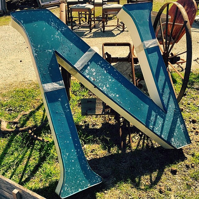#thriftscorethursday Week 52 | Instagram user: aninspirednest shows off this Metal N