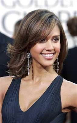 Jessica Alba Medium Hairstyles Photos
