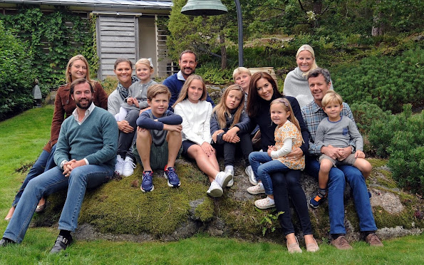 Crown Princess Mary and Crown Prince Frederik of Denmark with their children, Prince Christian, Princess Isabella, Princess Josephine and Prince Vincent, Crown Princess Victoria of Sweden and Princess Estelle, Crown Princess Mette-Marit and Crown Prince Haakon of Norway with their children, Prince Sverre Magnus and Princess Ingrid Alexandra, Prince Guillaume of Luxembourg and Princess Stephanie of Luxembourg
