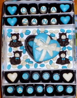 coklat hantaran bear and love box biru